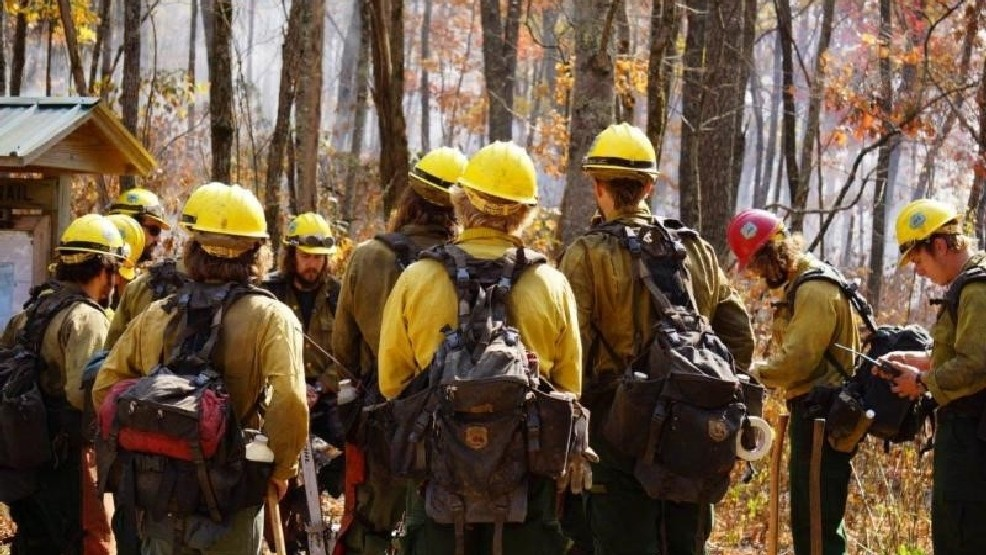 The Jones Gap fire crew, North Carolina. Courtesy of the US Forest Service.